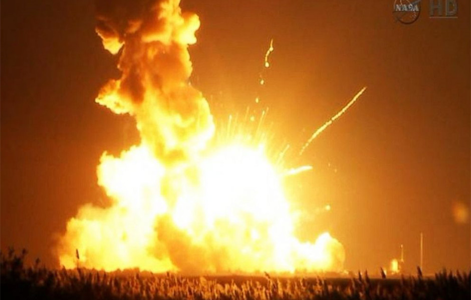 U.S. cargo rocket explodes seconds after launch