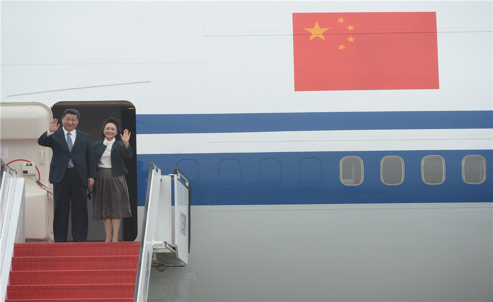 President Xi Jinping arrives Macao for 15th anniversary celebration