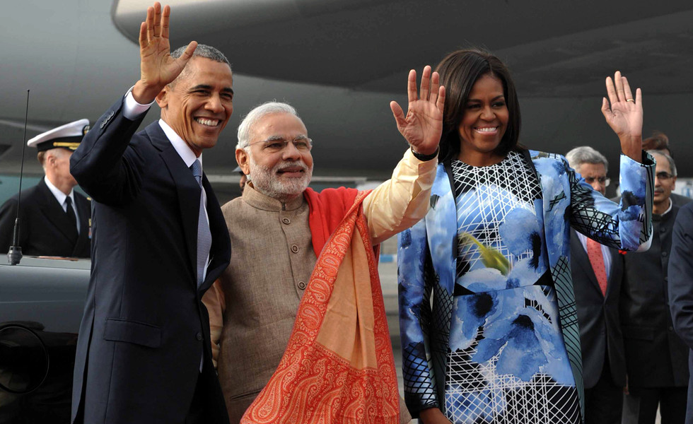 US President Barack Obama arrives in India on three-day tour
