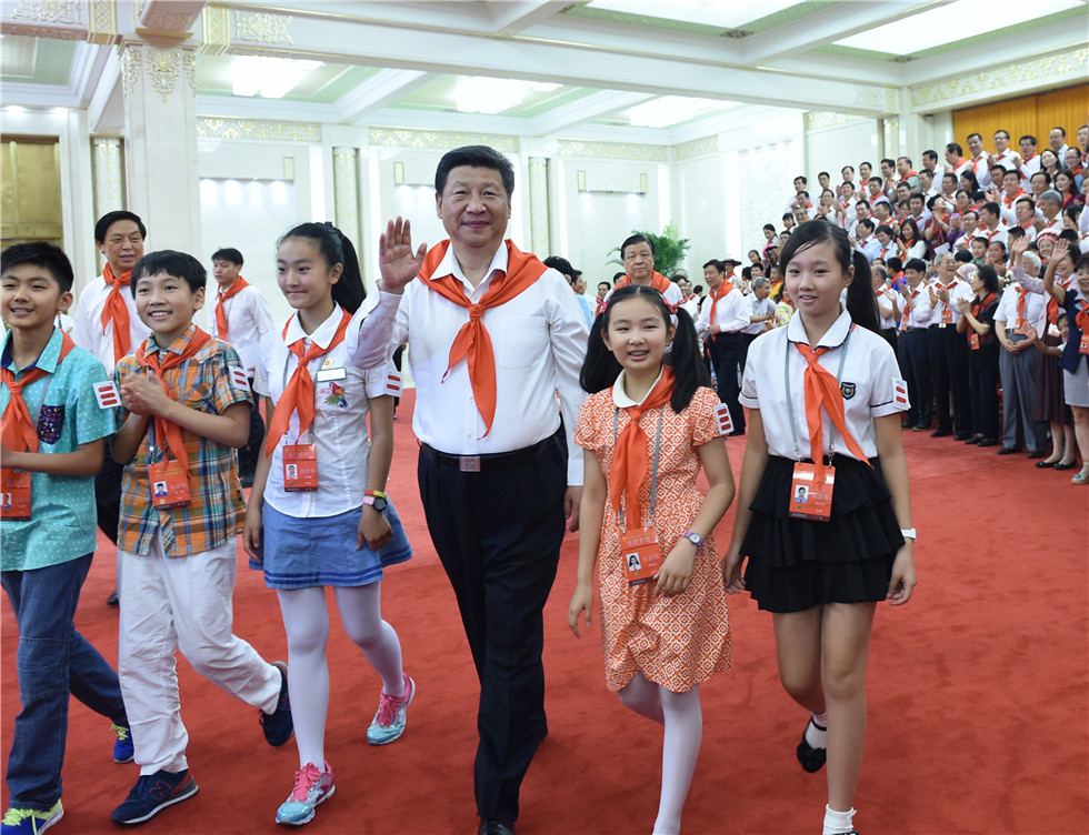 Chinese President Xi meets with representatives of Chinese Young Pioneers on Children's day